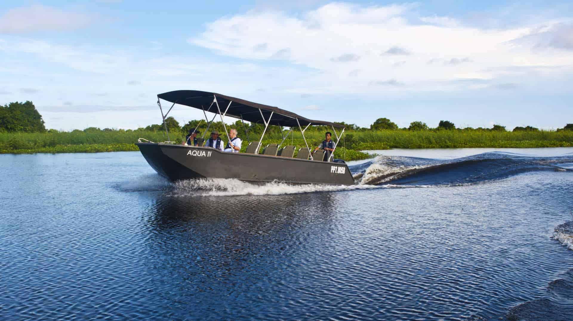 Aqua Mekong Tender