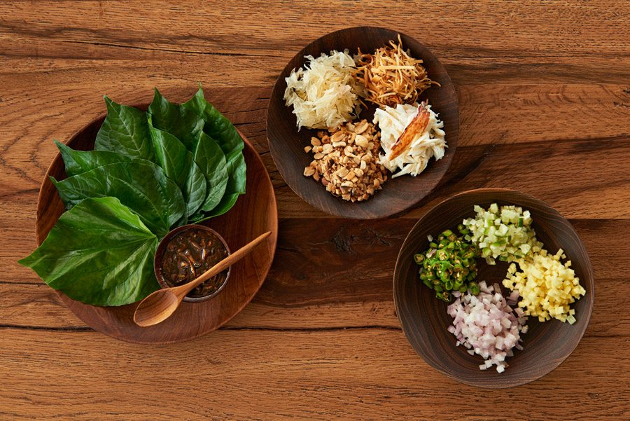 Crab miang on betel leaf Aqua Mekong